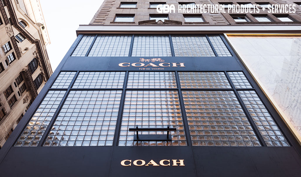 COACH 685 Fifth Ave. #1